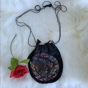 100% silk shoulder purse
